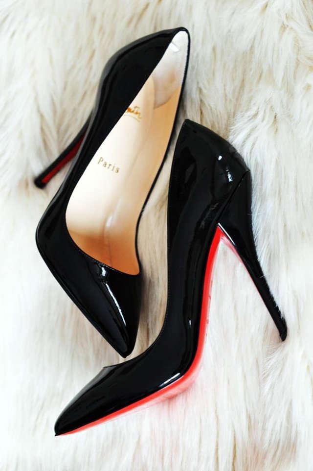 64b68979b033 El zapato femenino ¿Con tacón o sin tacón?