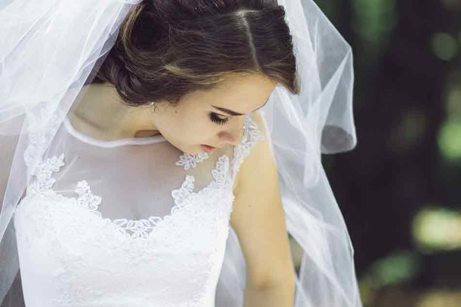 66a186b8ae7 El vestido de la novia ¿de confección Prêt-à-porter o...